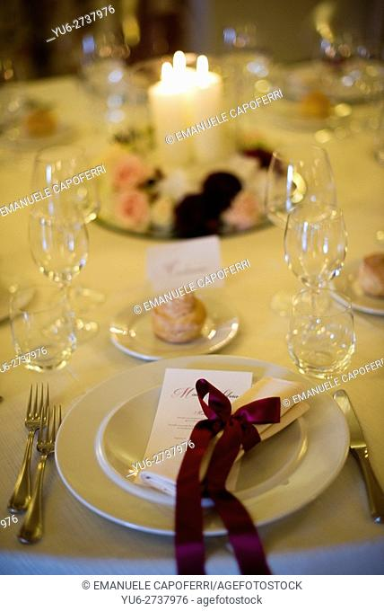Staging table for wedding reception