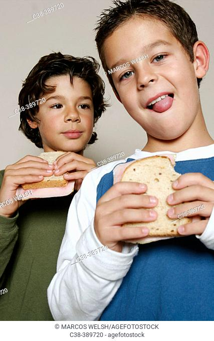sandwich eating
