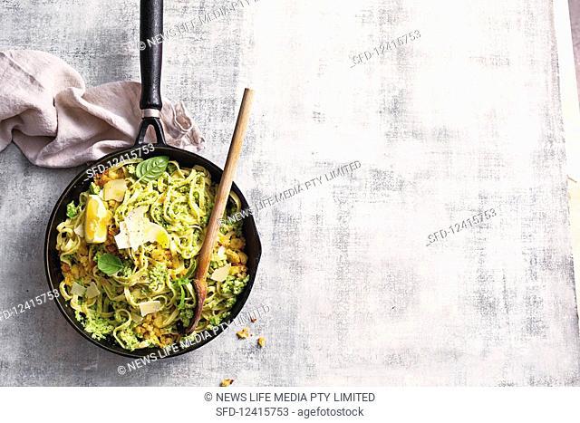 Broccoli pesto with linguine and pangrattato