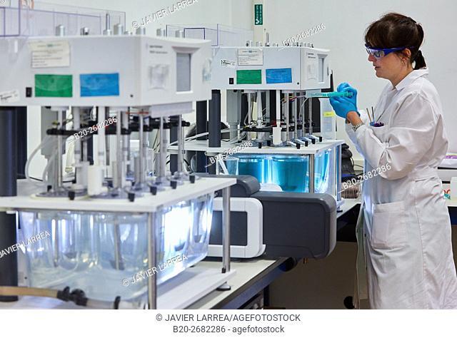 Dissolvers. Dissolution apparatus. Pharmaceutical Development Laboratory. Pre-formulation, design and development of drugs and new pharmaceuticals