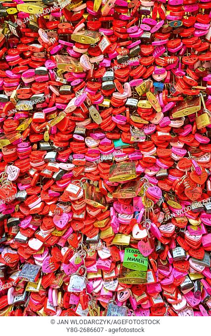 Lave Padlocks, Juliet House, Romeo and Juliet, Verona, Veneto region, Italy