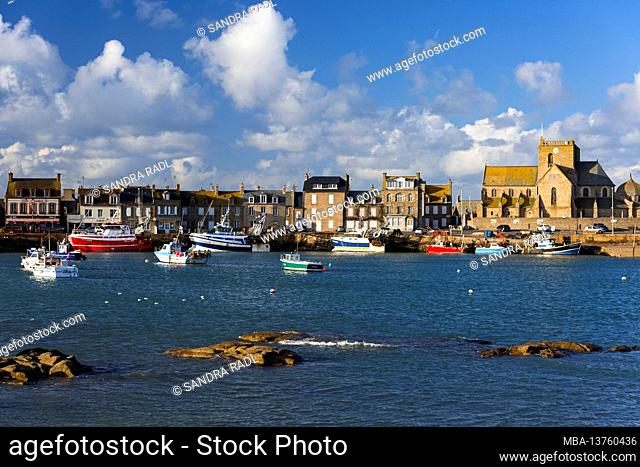 Barfleur, Saint Nicolas church and houses at the harbor, France, Normandy, Department Manche