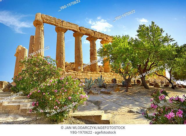 Agrigento - Temple of Hera in Valley of Temples (Valle dei Templi), Agrigento, Sicily, Italy UNESCO