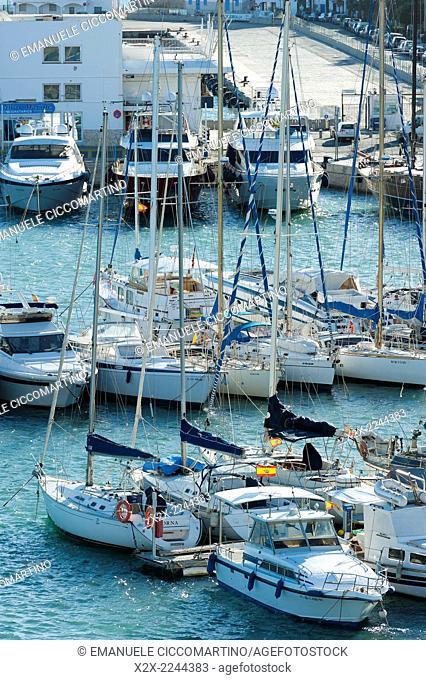 View of the boats, La Marina, Port of Ibiza, Eivissa, Ibiza, Balearic Islands, Spain, Mediterranean, Europe