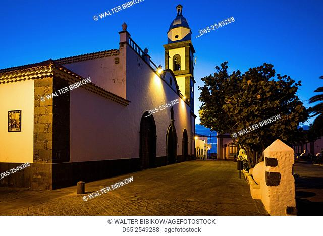 Spain, Canary Islands, Lanzarote, Arecife, Iglesia San Gines church, exterior, dawn