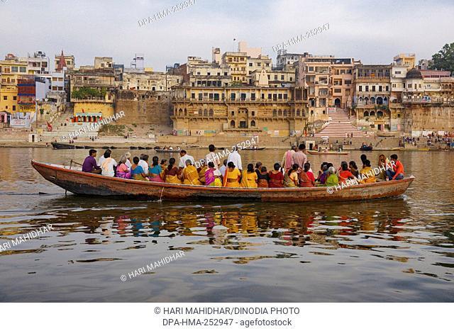 Pandey ghat, varanasi, uttar pradesh, india, asia