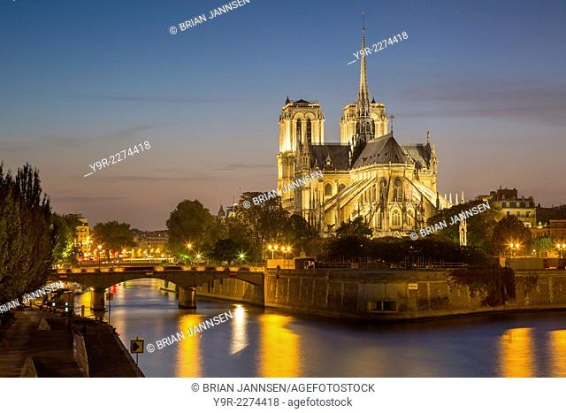 Cathedral Notre Dame along the banks of River Seine, Paris, France