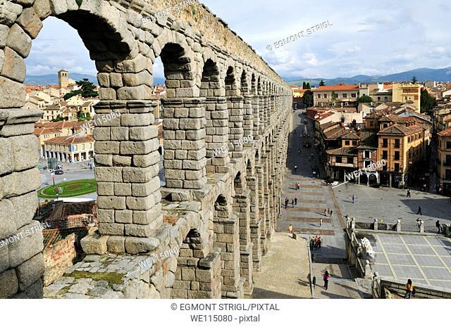 Europe, Spain, Castile and Leon, Castilla y Leon, Segovia, Unesco World Heritage Site, roman aqueduct