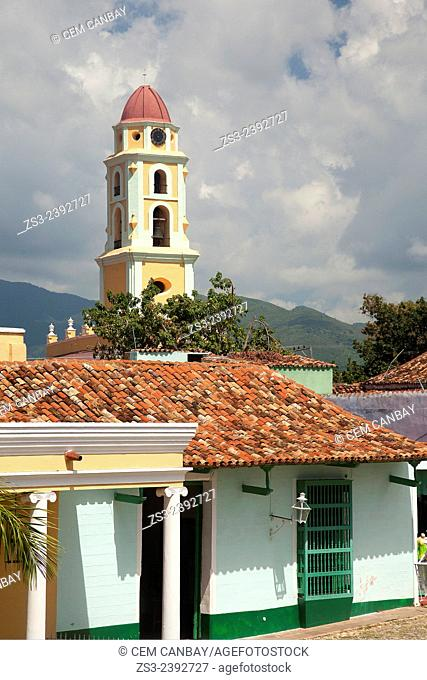 Museo Nacional de la Lucha Contra Bandidos-National Museum of the Fight Against Bandits to the roofs of the houses near Plaza Mayor, Trinidad, Santi Spiritus