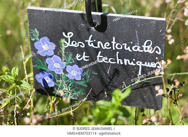 France, Lot, Castelfranc, Le Jardin des Sens, medieval garden, slate plantations