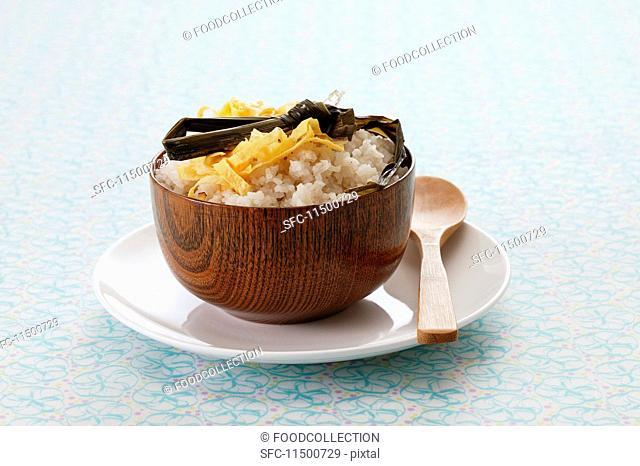 Nasi uduk (milk rice with coconut milk, Indonesia)