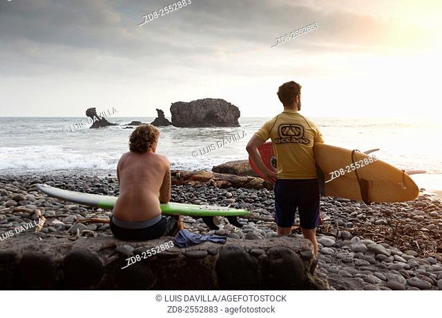 la libertad beaches surf. el salvador