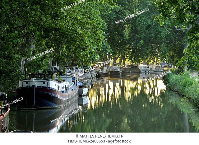 France, Herault, Cers near Beziers, Canal du Midi listed as World Heritage by UNESCO