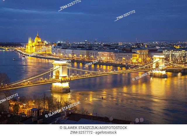 Evening in Budapest, Hungary. Chain Bridge and Hungarian Parliament in the distance