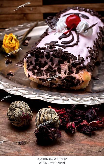 baked dessert