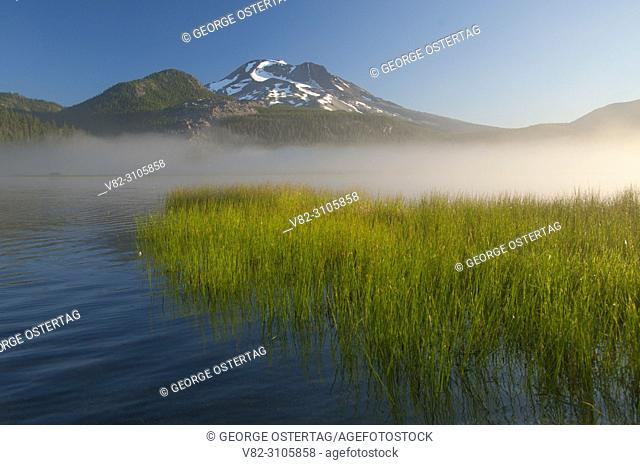 Sparks Lake with fog to South Sister, Cascade Lakes National Scenic Byway, Deschutes National Forest, Oregon