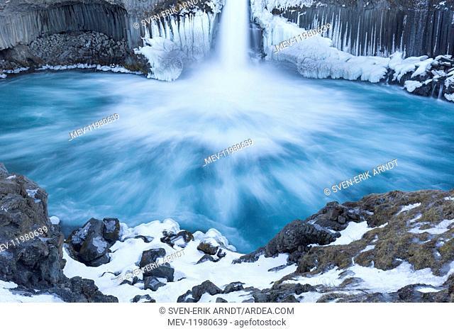 Aldeyjarfoss waterfall situated on the Skjalfandafljot River Nordurland eystra , Iceland