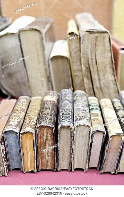 Old books, detail some old books to read, art and history of literature