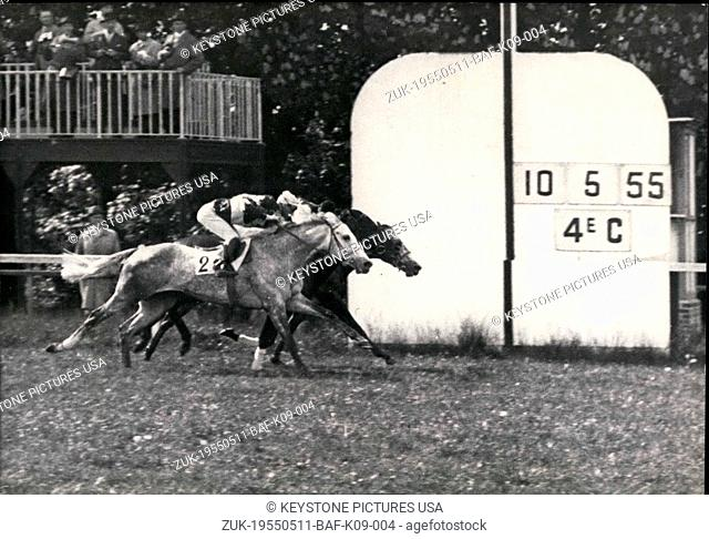 May 11, 1955 - 6 horses participated in the race.Judges looked at the photo to try to decide who won and ended up declaring all three winners (Iceberg