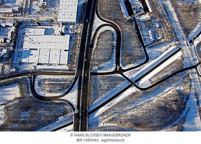 Aerial photo, autobahn A42, junction Gelsenkirchen-Bismarck, snow, Gelsenkirchen, Ruhr Area, North Rhine-Westphalia, Germany, Europe