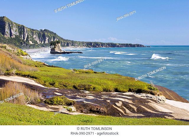 View along the Tasman Sea coast to Dolomite Point, Punakaiki, Paparoa National Park, Buller district, West Coast, South Island, New Zealand, Pacific