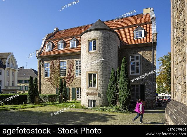 Ratingen, Germany, Ratingen, Bergisches Land, Rhineland, North Rhine-Westphalia, NRW, Buergerhaus former town hall, view from behind with round tower