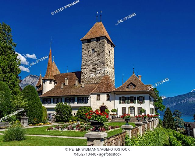 Spiez Castle, Lake Thun, Bernese Oberland, Bern, Switzerland, Europe