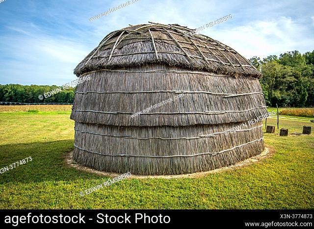 Nanticoke long house recreation at Hansel House historic site