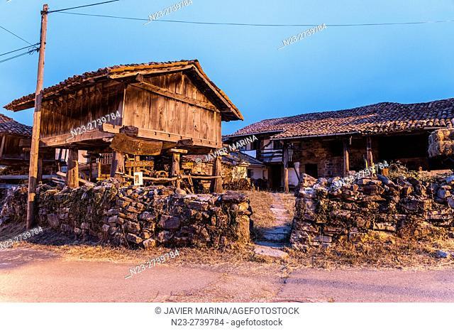 'Hórreo' typical granary, Oseja de Sajambre, Leon province, Castilla-Leon, Spain