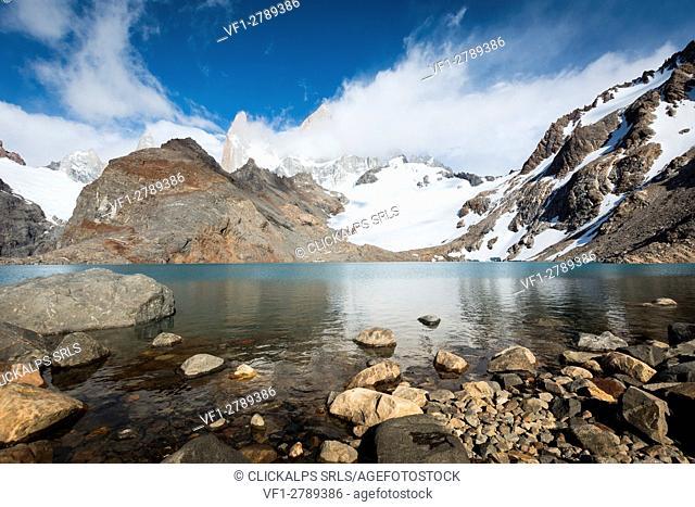 Argentina, Patagonia, El Chalten,Los Glaciares National Park, Lagoon Los Tres