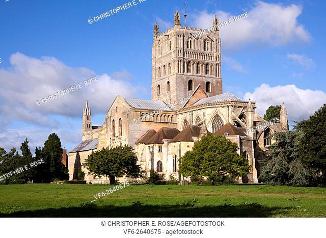 Historic Tewkesbury Abbey in autumn sunshine, Gloucestershire, Severn Vale, UK