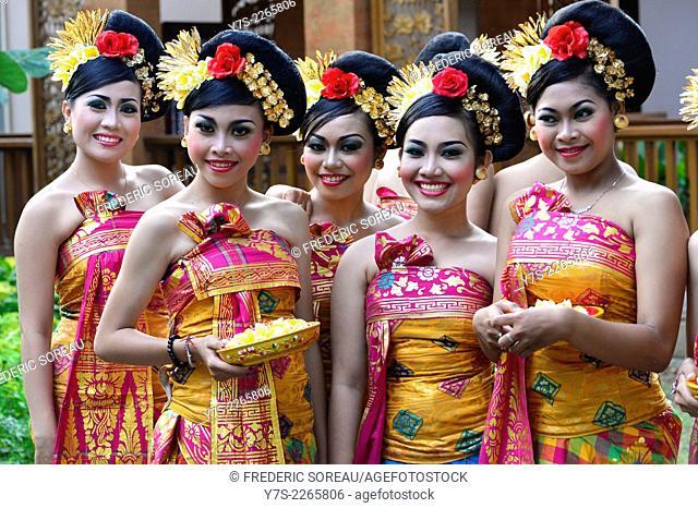 Balineses dancers in Legian beach festival, Bali, Indonesia, South East Asia