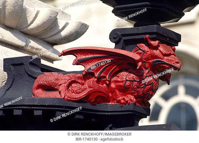 Dragon statue in front of the court house in Cardiff, Wales, United Kingdom, Europe