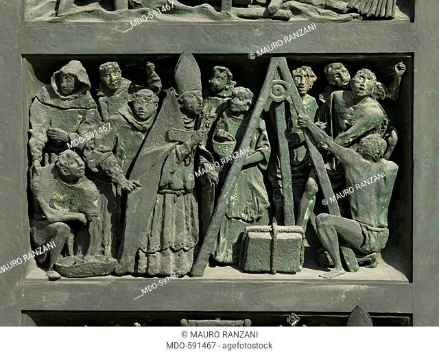 History of the Cathedral (Storia del Duomo), by Giovanni Minguzzi, 1965, 20th Century, bronze. Italy, Lombardy, Milan, Duomo, First portal from right