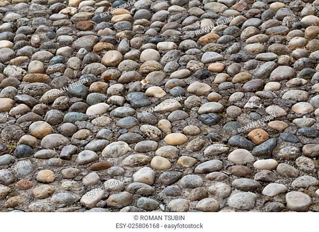 Floor walkway made of small pebbles