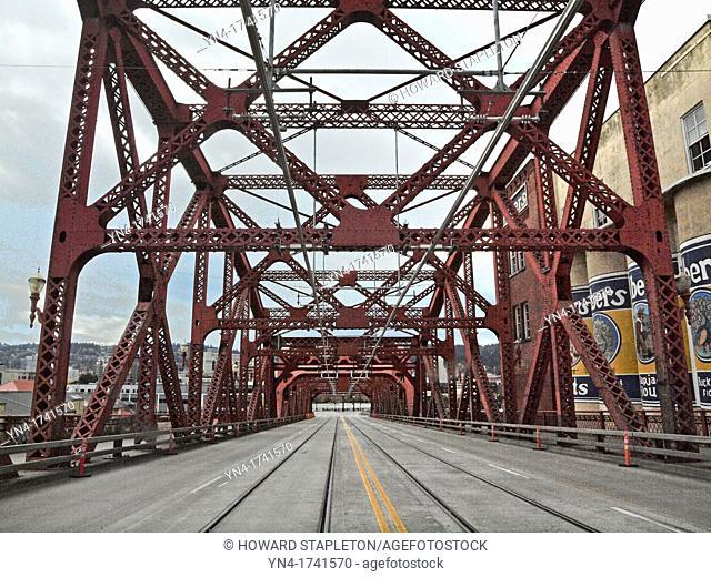 The Broadway Bridge across the Willamette River in Portland, Oregon