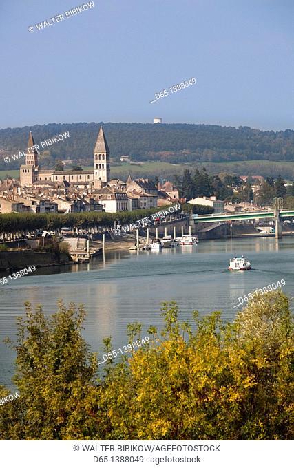 France, Saone-et-Loire Department, Burgundy Region, Maconnais Area, Tournus, town view along Saone River