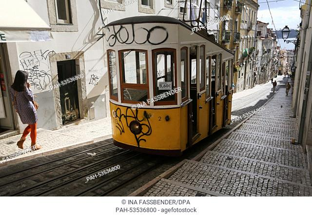 Bica Elevator In Lisbon Bairro Alto Stock Photos And Images Age