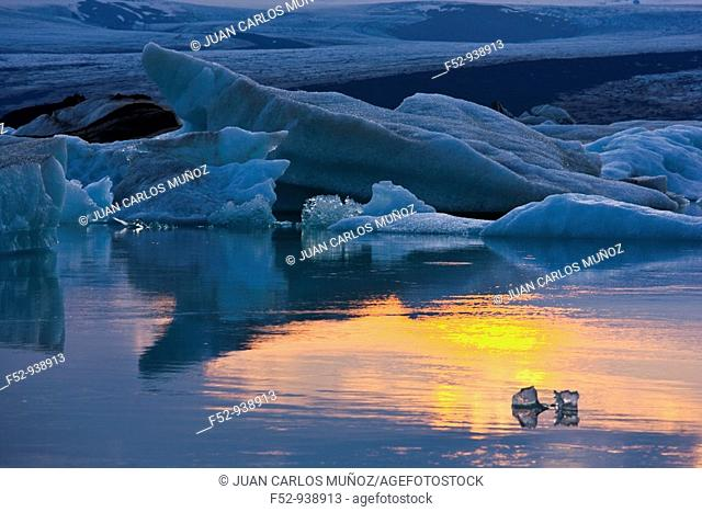 Jökulsárlón Lagoon, Vatnajökull Glacier. Iceland