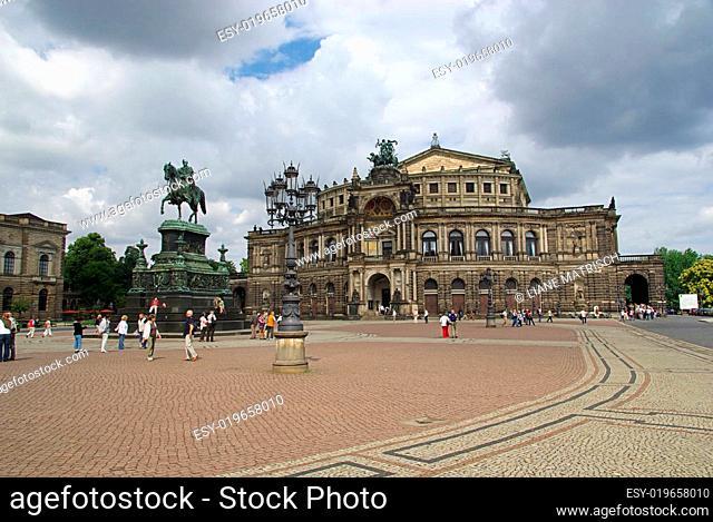 Dresden Semperoper 02