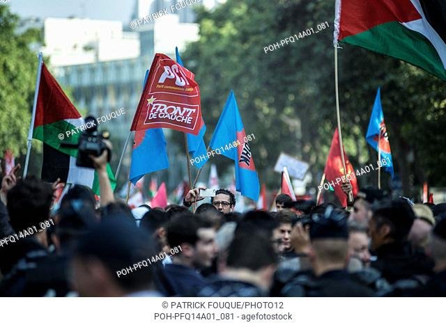 Demonstration in favour of the Palestine, in Paris, on July 23, 2014 Photo Patrick Fouque Contact us prior publication on a cover or double spread (special...