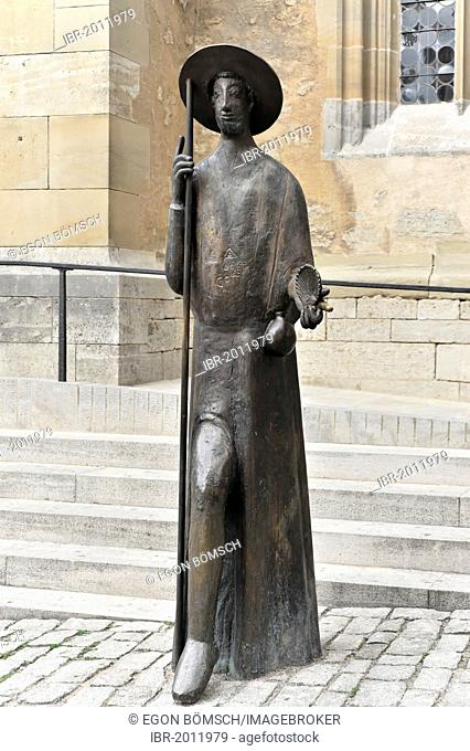 Way of St. James statue near the entrance to St. James' Church, St. Jakobs-Kirche, Rothenburg ob der Tauber, Bavaria, Germany, Europe