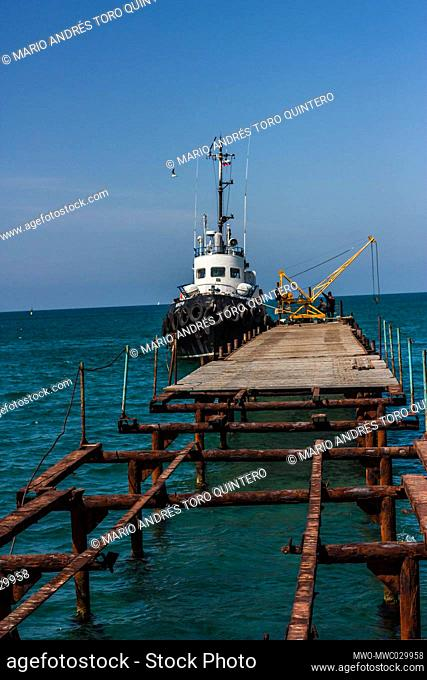 Anapa, Russia. The Black Sea, in addition to being an important tourist point, is a commercial port. Having shared borders between six countries