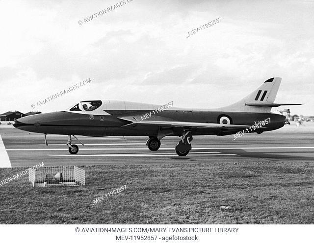 RAF Hawker Hunter T7 Taxiing