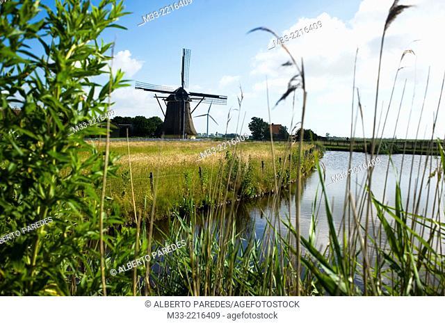 Windmill near Hindeloopen, Friesland province (Fryslan), Netherlands