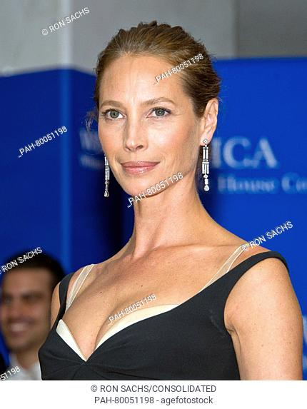 Model Christy Turlington arrives for the 2016 the White House Correspondents' Association annual dinner at the Washington Hilton hotel in Washington, DC, USA