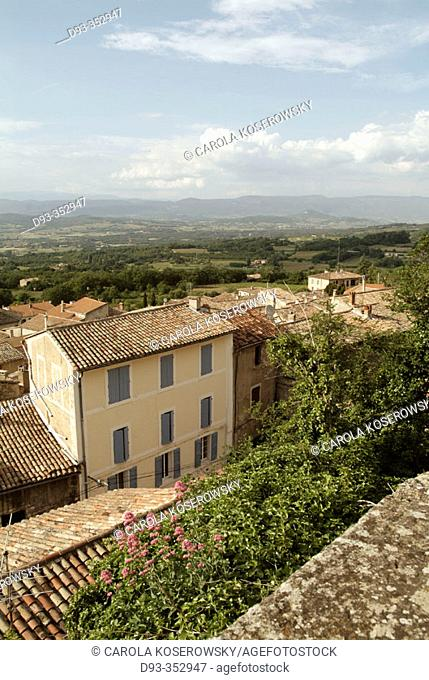 Town of Bonnieux. Luberon region. Provence. France