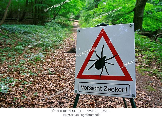 Sign, beware of ticks, hiking trail, dangerous ticks