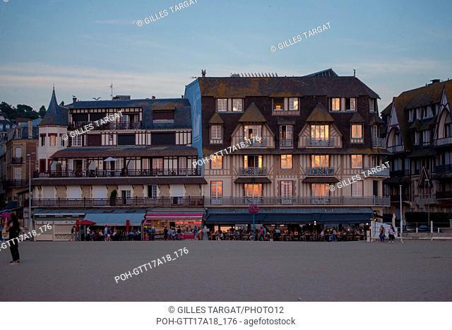 France, Normandy region, former Lower Normandy, Calvados, Pays d'Auge, Côte fleurie, Trouville-sur-Mer, beach, Hôtel Flaubert, Photo Gilles Targat