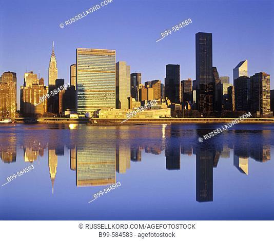 Mid-town Skyline, Manhattan, New York, Usa